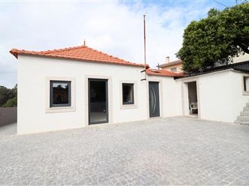 Moradia Isolada T2 / Santa Maria da Feira, Souto / Feira