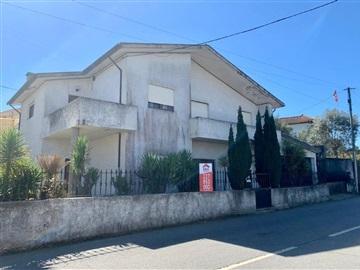 Moradia Isolada T4 / Vila Nova de Gaia, Sandim, Olival, Lever e Crestuma