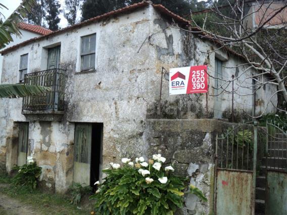 Moradia / Marco de Canaveses, Penhalonga e Paços de Gaiolo
