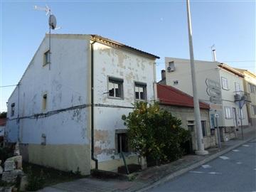 Moradia T3 / Castelo Branco, Alcains