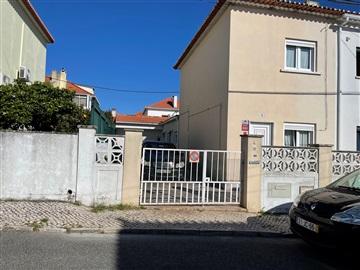 Moradia T3 / Lisboa, Caselas