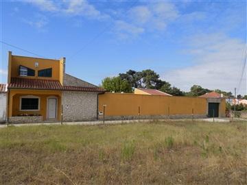 Moradia T3 / Rio Maior, Azinheira