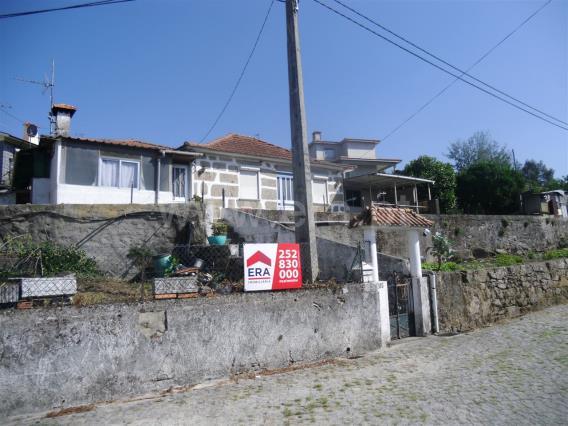 Moradia T3 / Santo Tirso, Burgães