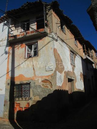 Moradia T4 / Fundão, Souto da Casa