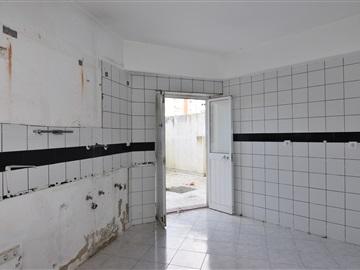 Office T3 / Amadora, Falagueira-Venda Nova