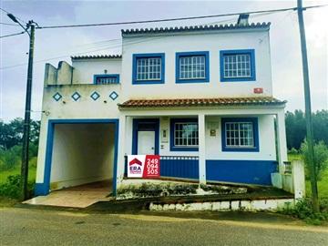 Prédio T12 / Chamusca, Chamusca e Pinheiro Grande