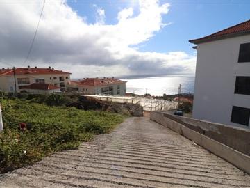 Rustic Plot / Santa Cruz, Caniço