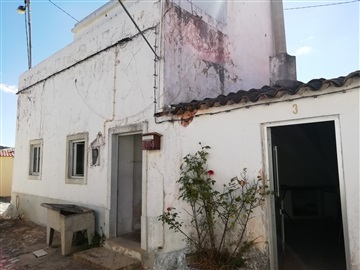 Semi-detached house T2 / Loulé, Salir