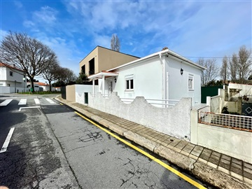 Semi-detached house T2 / Porto, Condominhas
