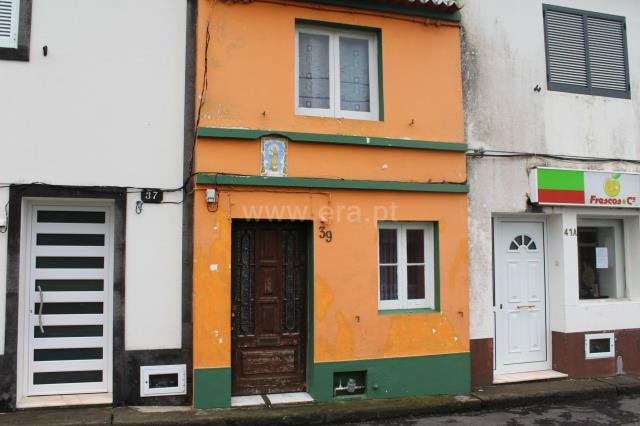 Semi-detached house T2 / Ribeira Grande, Ribeirinha