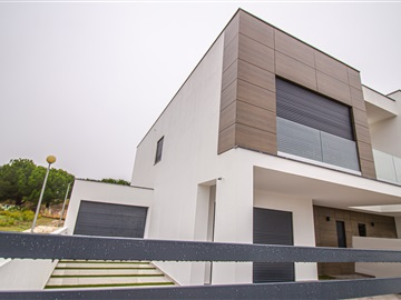 Semi-detached house T3 / Almada, Caparica e Trafaria