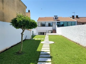 Semi-detached house T3 / Ovar, S. João de Ovar