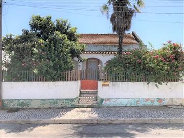 Semi-detached house T4 / Palmela, Pinhal Novo