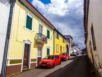 Semi-detached house T5 / Ribeira Grande, Ribeira Grande