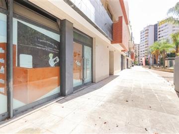 Shop / Oeiras, Miraflores