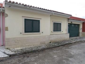Terraced house T3 / Rio Maior, Asseiceira