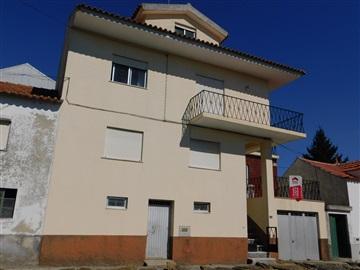 Terraced house T3 / Seia, Torrozelo