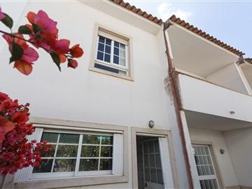 Terraced house T4 / Sintra, Varge Mondar