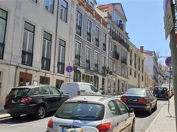 Tienda / Lisboa, Santos
