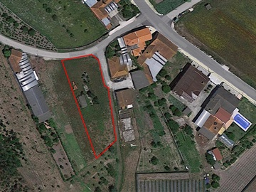 Urban Plot / Cantanhede, Montouro