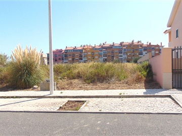 Urban Plot / Cascais, Carcavelos