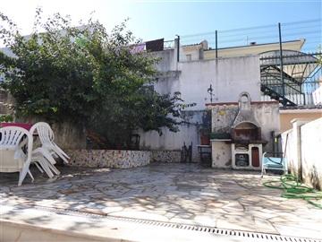 Viviendas Adosadas en barrio T3 / Lisboa, Bairro de Santa Cruz