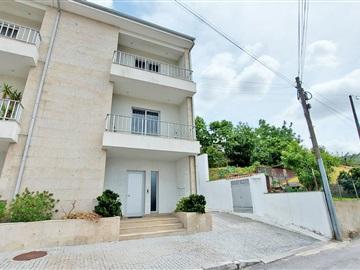 Viviendas Adosadas en barrio T3 / Vizela, Caldas de Vizela (São Miguel e São João)