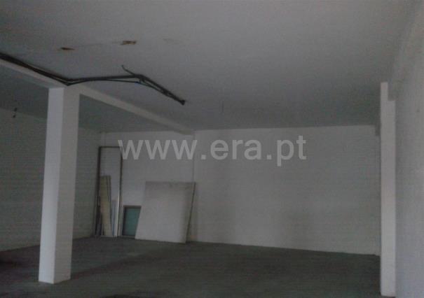 Warehouse / Barcelos, Cossourado