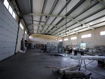 Warehouse / Santarém, Azoia de Cima e Tremês